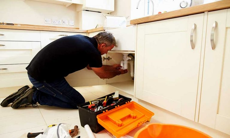 How to install fireclay farmhouse sink?